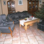 Sofa/3 + Backensessel + Hocker - kombiniert bezogen