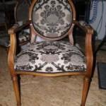 Louis-Seize-Stühle