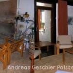 Eichengarnitur mit losen Sitz- und Rückenkissen abgepolstert